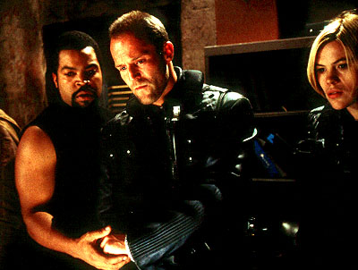 ice_cube_jason_statham_clea_duvall_john_carpenter's_ghosts_of_mars_001