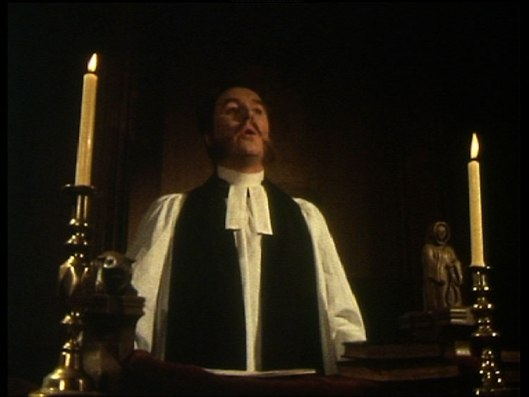 BBC-Ghost-Stories-Volume-2-The-Stalls-of-Barchester-A-Warning-to-the-Curious-32705_7