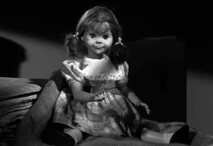 twilight-zone-talky-tina-doll-replica-4